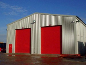 Prefabricated Steel Building with 2 RSDoors in Gable End